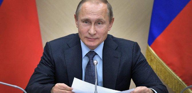 Putin: ABD'ye vatandaşlarımızı teslim etmeyeceğiz