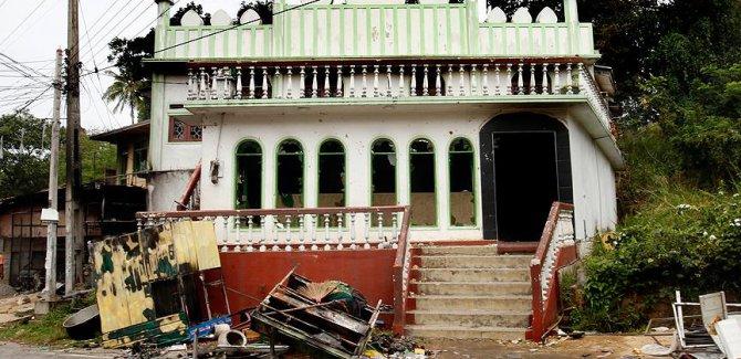 Sri Lanka'da Müslümanları hedef alan saldırılar sürüyor
