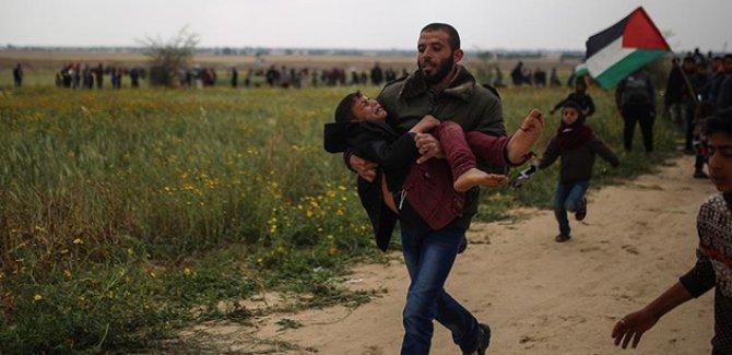 Filistin'in 'Büyük Yürüyüş'ün de 7 Filistinli hayatını kaybetti