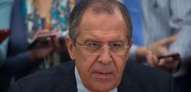 Lavrov:İngiltere ve ABD tüm görgü kurallarını bıraktı