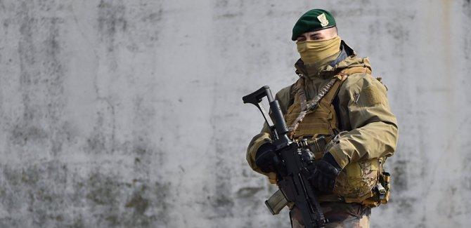 'Fransız askerleri Tel Abyad ve Menbiç'te' iddiası