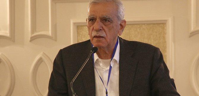 """Ahmet Türk'ten açıklama: """"YENİ BİR ÇÖZÜM SÜRECİ BAŞLAMALI"""""""