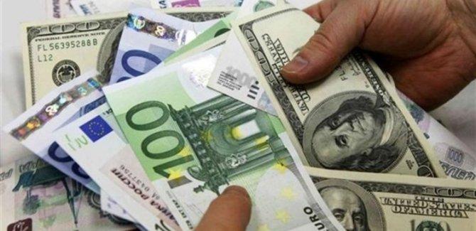 Dolar 4, euro 5 liranın üstünde