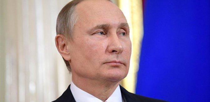 Putin: Dünyadaki durum endişe verici