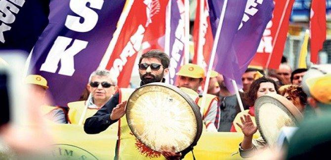 1 Mayıs Kutlamalarında Kürtçe'ye yasak