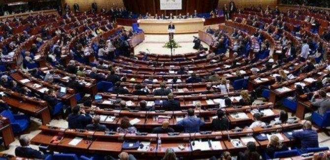 AKPM'den Türkiye'ye 'OHAL kaldırılsın' çağrısı