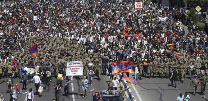 Li Ermenistanê biryara rawestandina protestoyan