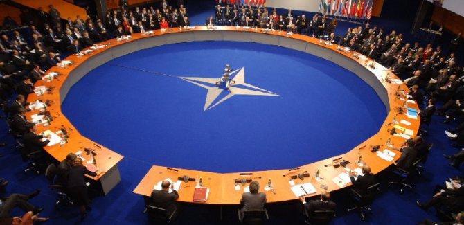 NATO:Tarafların siyasi çözüm için çalışmalarını teşvik ediyoruz