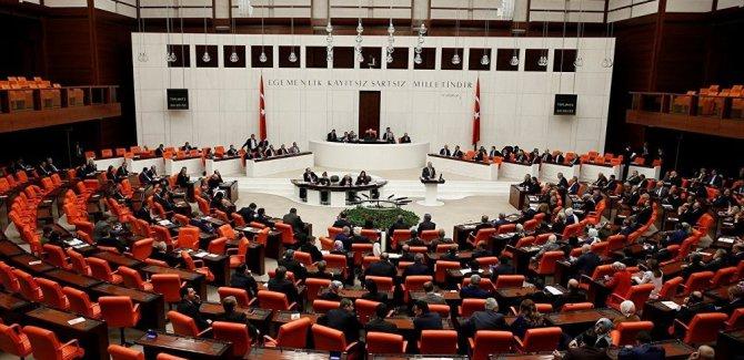 Bakanlar Kurulu'na KHK yetkisi yasallaştı