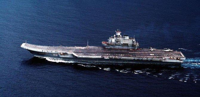 Putin:Rus savaş gemileri Akdeniz'de devamlı nöbette olacak