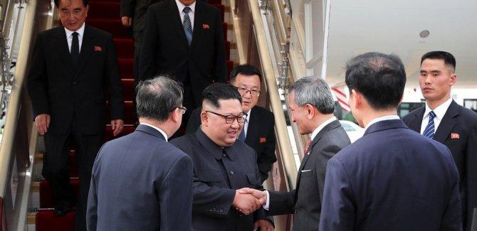 Kuzey Kore lideri Kim, tarihi zirve için Singapur'da