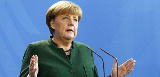 Merkel: Türkiye, Suriyeli mülteciler için mükemmel işler yaptı