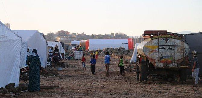 Dera'dan göç edenler 350 bini aştı