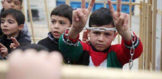 Siyonist işgalcilerin zindanlarında 291 Filistinli çocuk var
