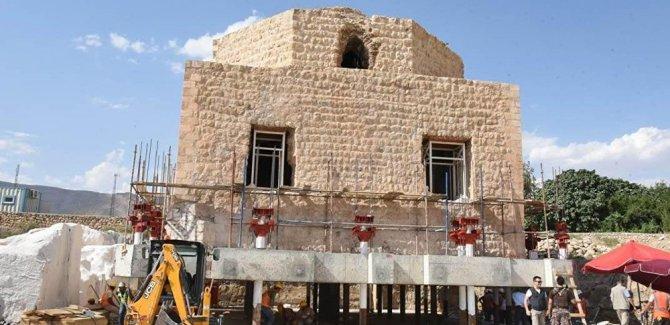 650 yıllık Artuklu Hamamı taşınıyor