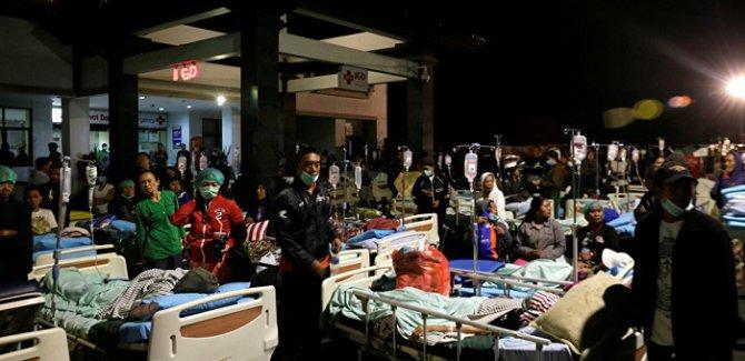 Endonezya'daki depremde bilanço artıyor: Ölenlerin sayısı 131'e yükseldi