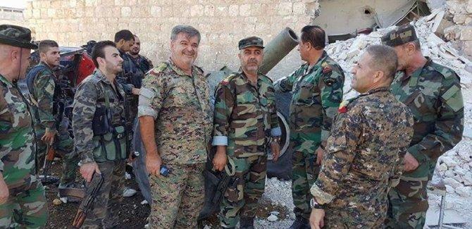 Suriye ordusu, IŞİD militanlarını çölde ablukaya aldı