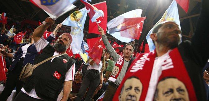 AK Parti: 'Dünyaya sürpriz bir mesaj vereceğiz'