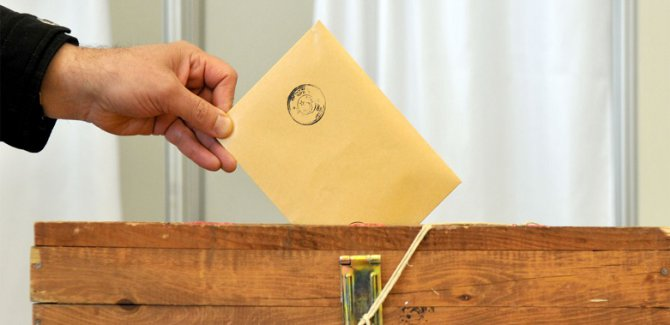 Ak Partiden Yerel seçim açıklaması