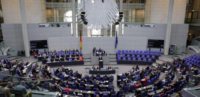 Alman siyaseti Türkiye'ye yardımı tartışıyor