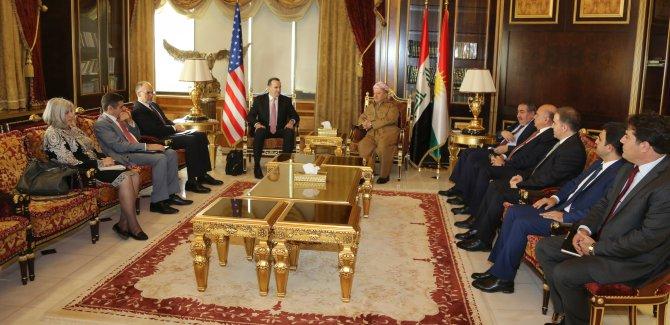 Barzani: Kürtler'in 2 talebi var
