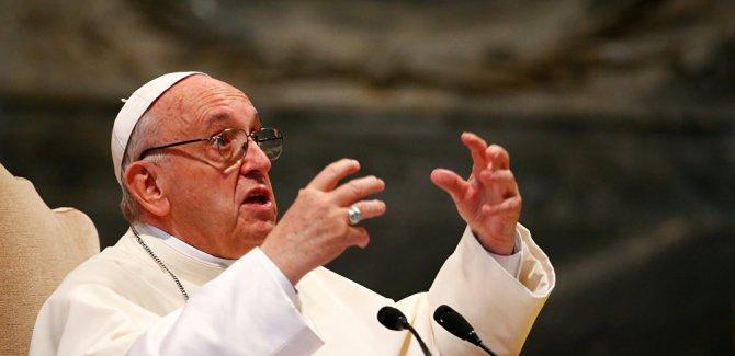 Papa: Kilisede ne çok pislik var