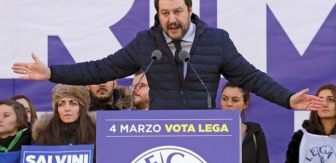 İtalyan Bakan'dan göçmenlere köle benzetmesi