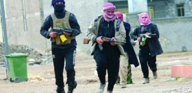Deyrezor'da Kürtler Öldürüldü