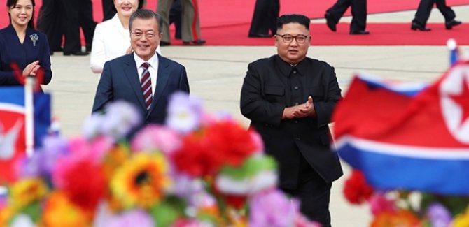 Güney Kore ve Kuzey Kore liderleri Pyongyang'da buluştu