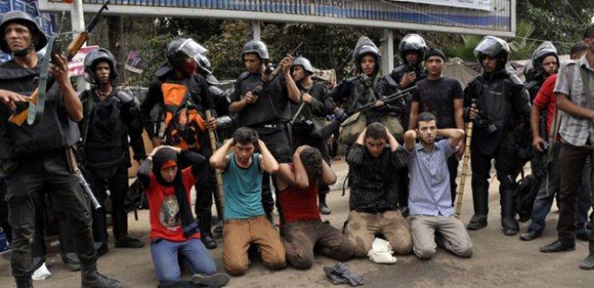 UAÖ:Sisi yönetimi en çok eleştiriden korkuyor