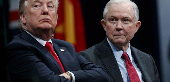 Trump: Bir adalet bakanım bile yok