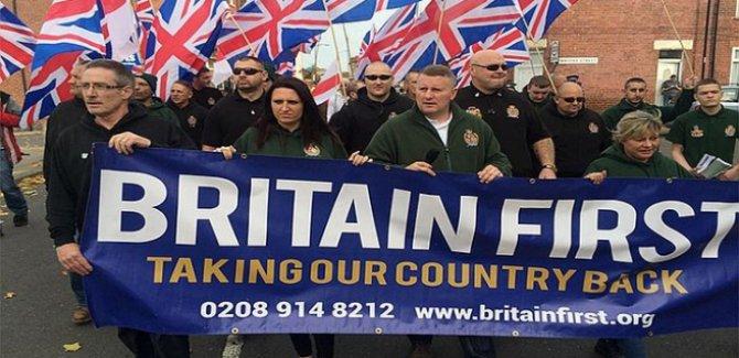 """İngiliz aşırı sağcılar İslam karşıtı """"manifesto"""" yayımladı"""