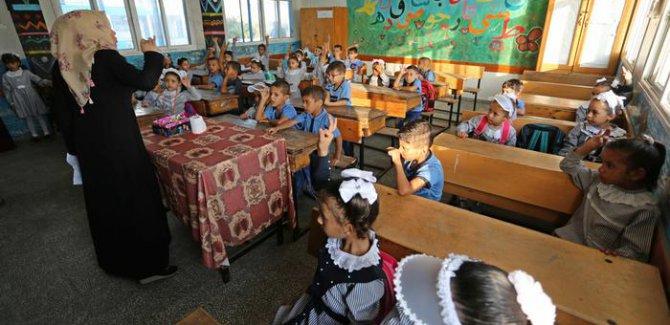 Filistinli mültecilerin okulları ve sağlık merkezleri tehlikede