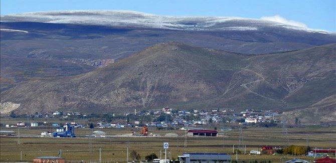 Ardahan'da  mevsimin ilk karı