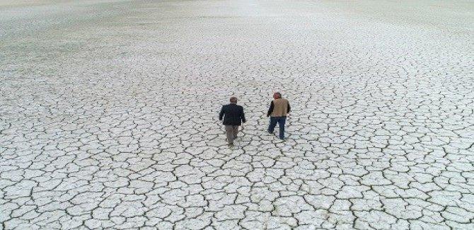 Van Gölü suları 150 metre çekildi