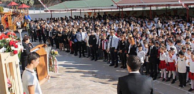 Merhaba Eski Türkiye,'Öğrenci Andı' geri geliyor