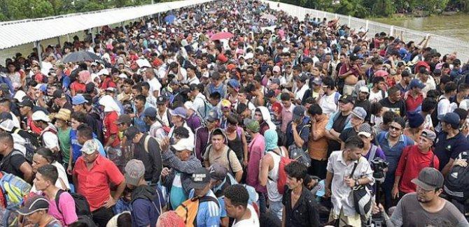 ABD, Meksika sınırına asker yığacak