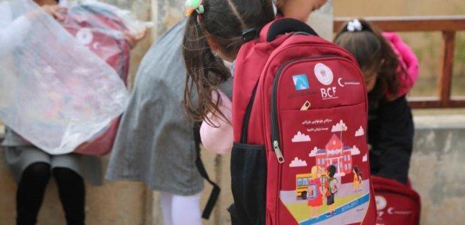 Barzani Vakfı yüzlerce öğrencinin eğitim ihtiyaçlarını karşıladı