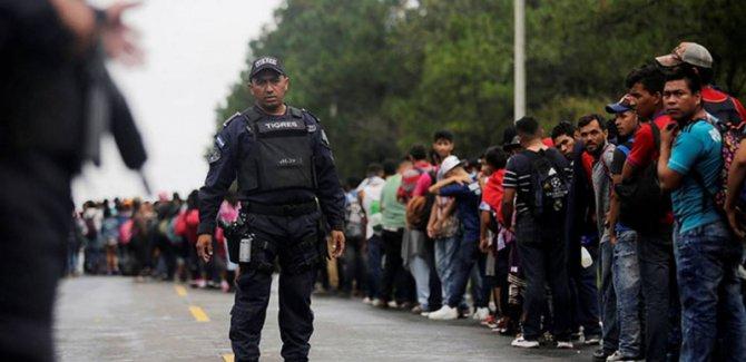 ABD'ye kaçak yollardan giren göçmenler iltica başvurusu yapamayacak