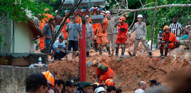 Brezilya'da toprak kayması: 10 ölü, 11 yaralı