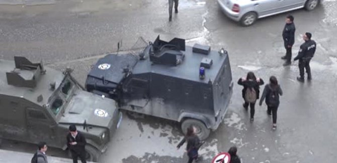 Hakkari'de füze saldırısı