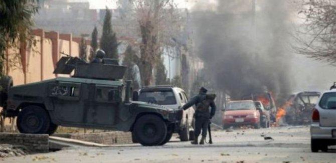 Polise saldırı: En az 30 Ölü