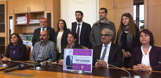 HDP'li 10 milletvekili, açlık grevine başladı