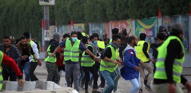 Basra'da 'Sarı Yelekler' gösterisi