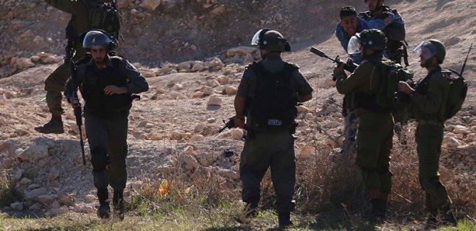 Batı Şeria'da silahlı saldırı: 6 İsrailli yaralandı