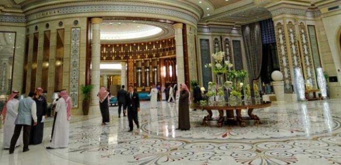 Suudi Arabistan'da yolsuzluk gözaltıları 100 milyar dolar getirdi