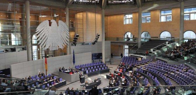 Almanya'dan AB dışından işçi alma kararı