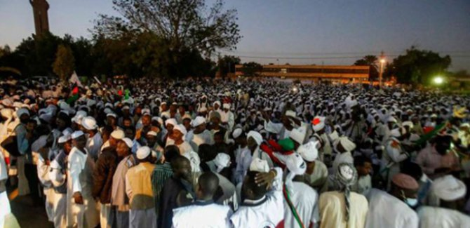 Sudan'da protesto dalgası