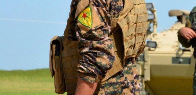 Peşmergeyi Rojavaya sokmayan PYD, Suriye'ye teslim ediyor!