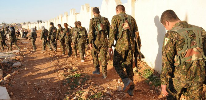 Suriye ordusu: 400 YPG'li anlaşma uyarınca Menbiç'ten ayrıldı